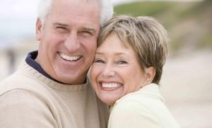 older-couple-hugging-1